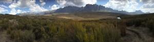 Panorama vanaf onze kampeerplek op het Andohariana plateau