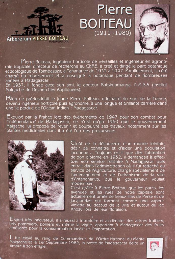 Bord bij het begin van het Arboretum van Pierre Boiteau